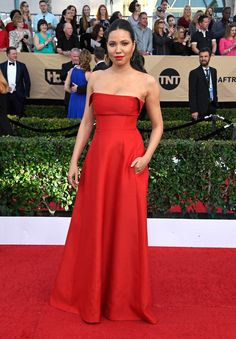 LOS ANGELES, CA - JANUARY 29:  Actor Jurnee Smollett-Bell attends The 23rd Annual Screen Actors Guild Awards at The Shrine Auditorium on January 29, 2017 in Los Angeles, California. 26592_008  (Photo by Frazer Harrison/Getty Images) via @AOL_Lifestyle Read more: https://www.aol.com/article/entertainment/2017/01/29/sag-awards-2017-red-carpet-arrivals/21702677/?a_dgi=aolshare_pinterest#fullscreen