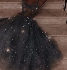 Pretty Prom Dresses, Cute Dresses, Beautiful Dresses, Glamouröse Outfits, Fantasy Gowns, Fairytale Dress, Ball Gown Dresses, Dream Dress, Look Fashion