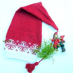 Ravelry: Langlue - nisselue/ Santa hat pattern by MaBe Beanie Knitting Patterns Free, Baby Knitting, Knitting Needles, Yarn Crafts, Decor Crafts, Christmas Time, Christmas Crafts, Christmas Ideas, Threading