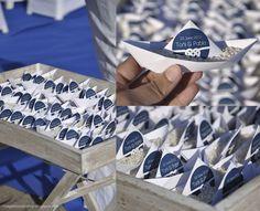 Idea para ceremonias en la playa. Detalle de boda. Pegatinas personalizados