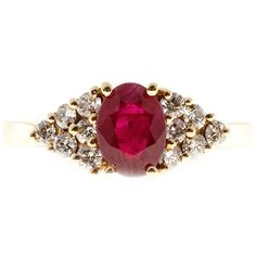 Preowned Red Ruby Diamond Gold Triangular Pattern Ring ($2,115) ❤ liked on Polyvore featuring jewelry, rings, red, fashion rings, red diamond ring, gold ruby ring, 14k gold ring, pre owned diamond rings and red ruby ring
