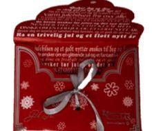 Dugnad med julepakken.  24 flotte postkort med julemotiver og 24 gavelapper. Flott innpakket i konvolutt. Trykket med glitter og sølv. Fin dugnad til jul.