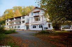The Lynx Hotel (D) October 2014 abandoned hotel in the former East Germany DDR urbex decay Photo by: Jascha Hoste