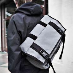 Messenger Bags / The Monty Weatherproof Roll Top Bag    Mission Workshop  Silver or orange