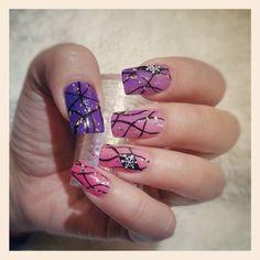 purple to pink snow flask gel nails  #nails #nail #fashion #style #TagsForLikes #cute #beauty #beautiful #instagood #pretty #girl #girls #stylish #sparkles #styles #gliter #nailart #art #opi #photooftheday #essie #unhas #preto #branco #rosa #love #shiny #polish #nailpolish #pikapika_nails