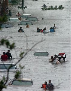 2005 Hurricane Katrina | Trying to get to the emergency shelter at the Superdome. (New Orleans)