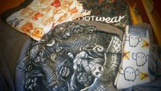 My #lootwear arrived today. For #2018 I decided to go for the Risky Business #subscription and it has meet my expectations the #labyrinth #tee is absolutely awesome and the #harrypotter #hedwig #socks are just as brilliant. The #undies #legendsofthehiddentemple are for a #gendernonconforming individual like myself they're more comfortable and help #genderdisphoria .  #lootcrate #sharethewear #nerdlife #geeky #boxers #sockcollector #sockcollection