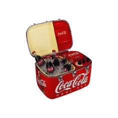 Enjoy an ice cold coke and cool music wherever you go with this beautifully high styled Coca-Cola CD / Radio cooler Coca Cola Cooler, Coca Cola Ad, Always Coca Cola, Coca Cola History, World Of Coca Cola, Coca Cola Vintage, Vintage Tins, Coca Cola Kitchen, Sodas