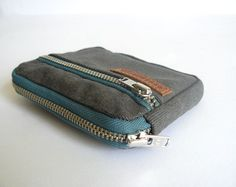 Minimalist Mens wallet zips retro gray waxed canvas coin purse with teal zippers/wallet-pocket size wallet-canvas purse-gift for him Canvas Wallet, Canvas Purse, Mini Mochila, Diy Wallet, Minimalist Wallet, Waxed Canvas, Cute Bags, Leather Wallet, Men's Leather
