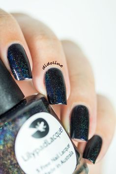 Lilypad Lacquer - Rainbows in Space  ✒ fr : http://didolines-nails.com/2015/02/lilypad-lacquer-rainbows-space-stamping.html/ ✒ en : http://didolines-nails.com/en/2015/02/lilypad-lacquer-rainbows-space-stamping.html/