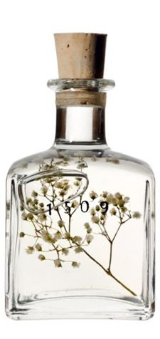 1509 » Each bottle of %1OO pure fragrance oil is designed by hand for the essence of either woman or man. The natural touch of these oils, using no alcohol, will dance on your skin in a clean and delicate, yet captivating and unique manner.
