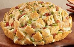 Pão Italiano de Alho com Bacon, Aprenda com essa receita como fazer Pão Italiano de Alho, delicioso e fácil de fazer, para qualquer ocasião, e com recheio de bacon. Pão Italiano de Alho com Bacon I…