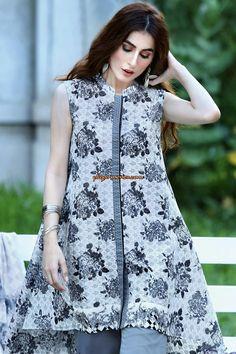 Girls Dresses Sewing, Stylish Dresses For Girls, Simple Dresses, Casual Dresses, Casual Outfits, Fancy Dress Design, Girls Frock Design, Stylish Dress Designs, Simple Pakistani Dresses