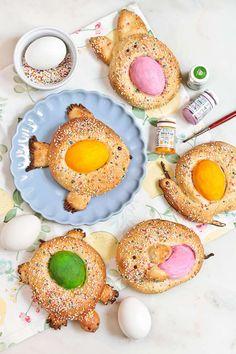 Pronto llegará la Pascua y nosotros os proponemos estas pequeñas monas de Pascua con formas animales. Seguro que harán del fin de la Semana Santa un delicioso y divertido bocado para toda la familia. Nosotros nos hemos basado en la receta de Sucre Art, aunque... Old Fashioned Sweets, Tapas, Traditional, Cookies, Cake, Desserts, Recipes, Chefs, Food