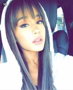 ariana grande, ariana, and ari image Ariana Grande Fringe, Ariana Grande Bangs, Cabello Ariana Grande, Ariana Grande News, Ariana Grande Pictures, Hair Inspo, Hair Inspiration, Dangerous Woman, Hairstyles With Bangs