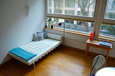 May I just say how much we love Airbnb? The places are interesting and the people are wonderful. A great way to travel. Check out this awesome listing on Airbnb: Modern Central London Apartment in London