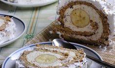 BISKVIT:  6 jaja  2 kas. vrele vode  150 g secera u prahu  60 g brasna  50 g mljevenih oraha  1 vanilija secer   FIL:  400 ml mlijeka...