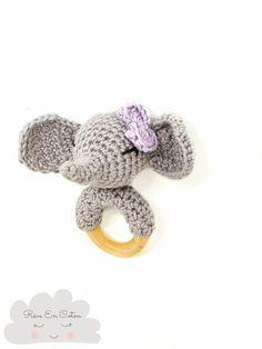 Hochet éléphant pour bébé / crocheted rattle / hochet fait main  #hochet #hochetcrochet #crochet #faitmain #rattle