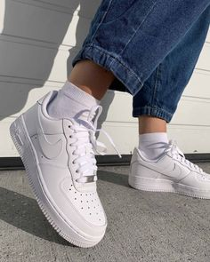 Nike Air Force 1 Outfit, Nike Shoes Air Force, Nike Air Force Ones, Air Force Sneakers, Dr Shoes, Swag Shoes, Hype Shoes, Shoes Sneakers, Shoes Jordans