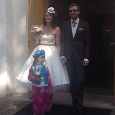 Wedding! Dress, hat and handkerchief made by Tegelsten Clothes (på/i Västra Tunhems Kyrka)