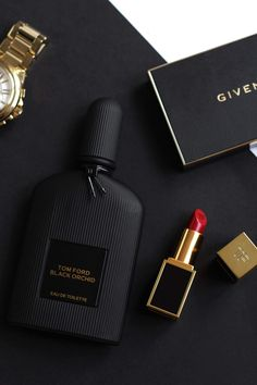 Parfum Victoria's Secret, Silvester Make Up, Tom Ford Black Orchid, Black Perfume, New Years Eve Makeup, Foto Fashion, Dolce E Gabbana, Best Perfume, Perfume Collection