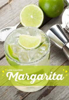 DIY Cocktails: Here's An Easy Way To Make A Low Calorie Margarita Vodka Frozen Drinks, Fun Drinks Alcohol, Pool Drinks, Cocktail Drinks, Cocktail Recipes, Drink Recipes, Low Calorie Alcoholic Drinks, Low Carb Cocktails, Milkshakes