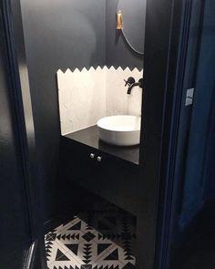 les 558 meilleures images du tableau salles de bain bathrooms sur pinterest en 2018. Black Bedroom Furniture Sets. Home Design Ideas