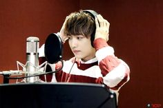 """[10TION NOTE] UP10TION Sunyoul during recording Telemonster OST """"Leave Me Alone"""""""