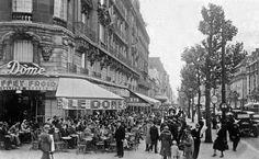 Montparnasse en los años 20. Terraza del café Le Dôme.