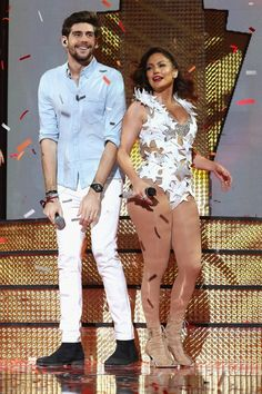 Pin for Later: Jennifer Lopez Heats Up the Stage With 3 Hot Outfits and a Shirtless Prince Royce