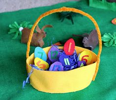 FUN AT HOME WITH KIDS: Easter Bunny No-Sew Felt Playmat
