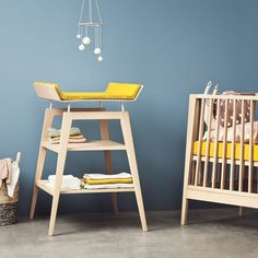Linéa Changing Table Leander Baby- A large selection of Design on Smallable, the Family Concept Store - More than 600 brands. Steel Furniture, Cheap Furniture, Discount Furniture, Table Furniture, Kids Furniture, Furniture Outlet, Retro Furniture, Furniture Online, Furniture Stores