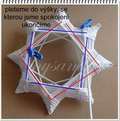 14 Holiday Crafts, Christmas Crafts, Christmas Decorations, Christmas Ornaments, Paper Crafts Origami, Origami Art, Paper Weaving, Newspaper Crafts, Paper Straws