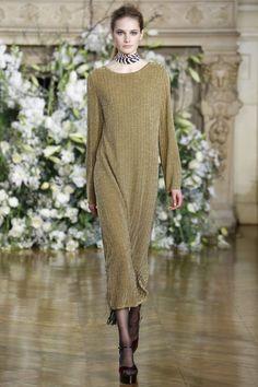 платье Vanessa Seward, модные тенденции 2017, вязаный подиум 2016, вязаные платья мода (фото 11)