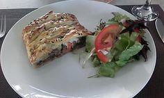 La meilleure recette de Tresses feuilletée à la viande! L'essayer, c'est l'adopter! 0.0/5 (0 votes), 0 Commentaires. Ingrédients: 1 pâte feuilletée, 2 steaks hachés, 1/2 oignon, 1 brin de thym, sel, poivre, légumes(petits pois, maïs, carottes), fromage, graines multi-céréales(facultatif)