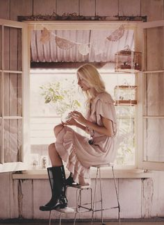photographed by corrie bond, styled by lara hutton for country style au ~ my scans
