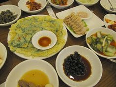 This lucky blogger got to try all this delicious food in the back alleys of Insadong, Seoul.