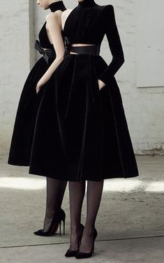 Kingsley Velvet One Sleeve Midi Dress by Alex Perry