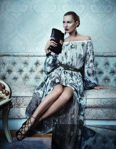 【画像 1/15】ケイト・モス、フェラガモの広告に初起用 | Fashionsnap.com