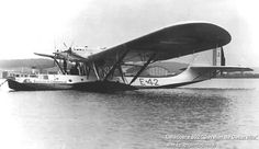 Latecoere Late 302 Maritime reconnaissance flying boat with Hispano-Suiza engines Sea Plane, Float Plane, Flying Ship, Flying Boat, Hispano Suiza, Airplane Flying, Boats, Aviation, Aircraft