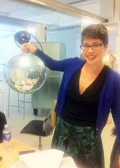Students from the Design Business/Sustainable Fashion are getting ready to disco. #KEAweek #KEAweekSustain