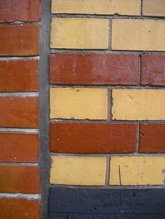 glazed brick #18