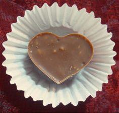 Bonti coração de chocolate de leite com amêndoa