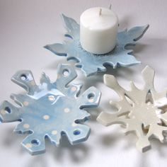 polkadot pottery snowflake hostess gift set of 3 dishes for candleholder, soap dish, jewelry, spoon rest