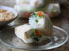 A collection of 9 amazing classic Vietnamese dishes.