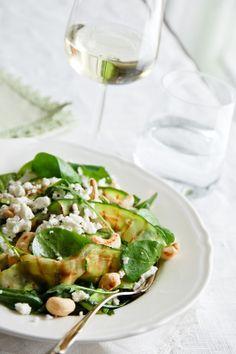 Kesäkurpitsa-fetasalaatti / Zucchini & feta salad
