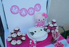 @Elvia Franco you could do cupcakes and just have the smash cake be the hello kitty.