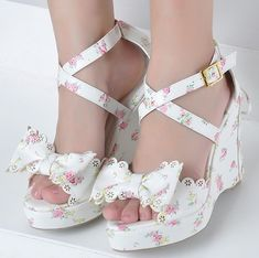 Floral white girly wedges with bows