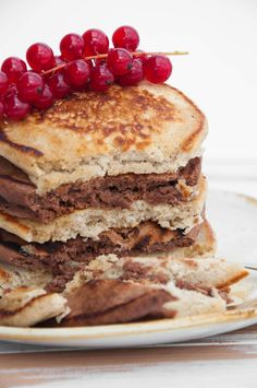 Vegan Cocoa and Vanilla Pancake Tower from the side - inside look