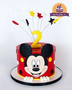 Mickey Cakes, Baby Mickey Cake, Bolo Mickey, Mickey Mouse Birthday Cake, Mickey Mouse Smash Cakes, Mickey Mouse Theme Party, Cake Baby, Pastel Mickey Mouse Niño, Torta Minnie Mouse